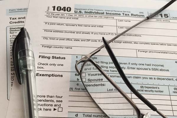 Avoid making these costly Scottsdale tax errors when filing your income taxes this year.