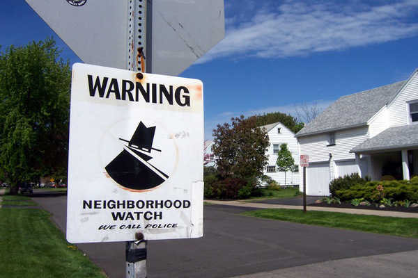 Improve Scottsdale home security by joining a neighborhood crime watch