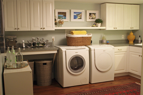 Features buyers are looking for in a Long Island NY home include a separate laundry room