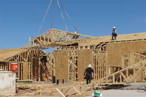 New home construction as it pertains to Scottsdale real estate trends